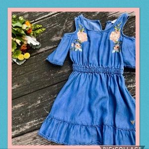 Guess toddler cold sleeve jean dress. 3T.